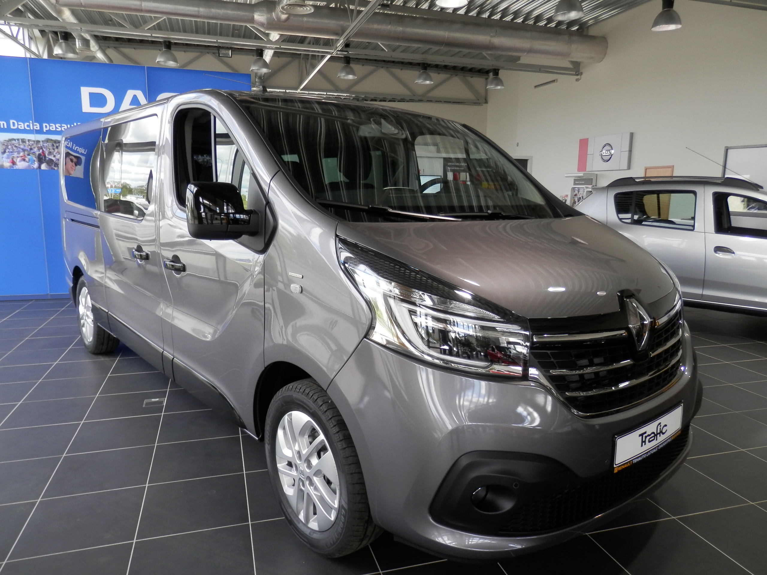 Renault Trafic SpaceClass 2.0dCi 145 EDC 6A/T 2WD